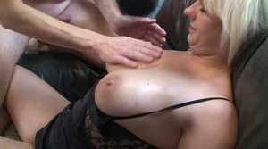 Frau Porno teilen