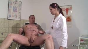 frauen beim blasen versaute krankenschwestern